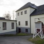 Vapenfabrik och... en väderstation